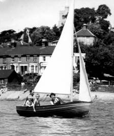The Walker Family Afloat at Leigh